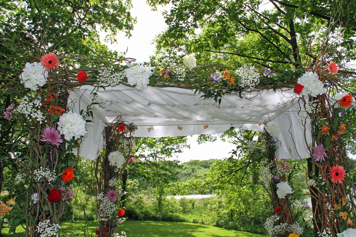 Outdoor floral wedding decorations