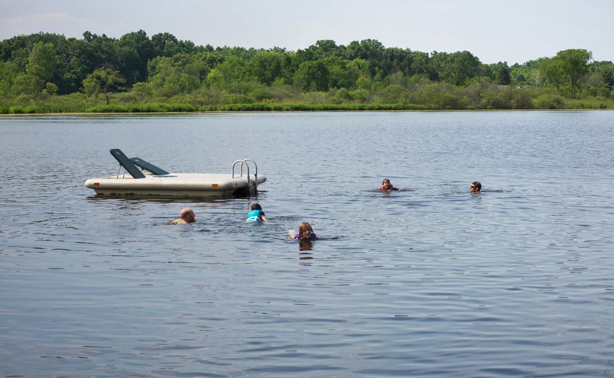 Children swimming in Nordman Lake